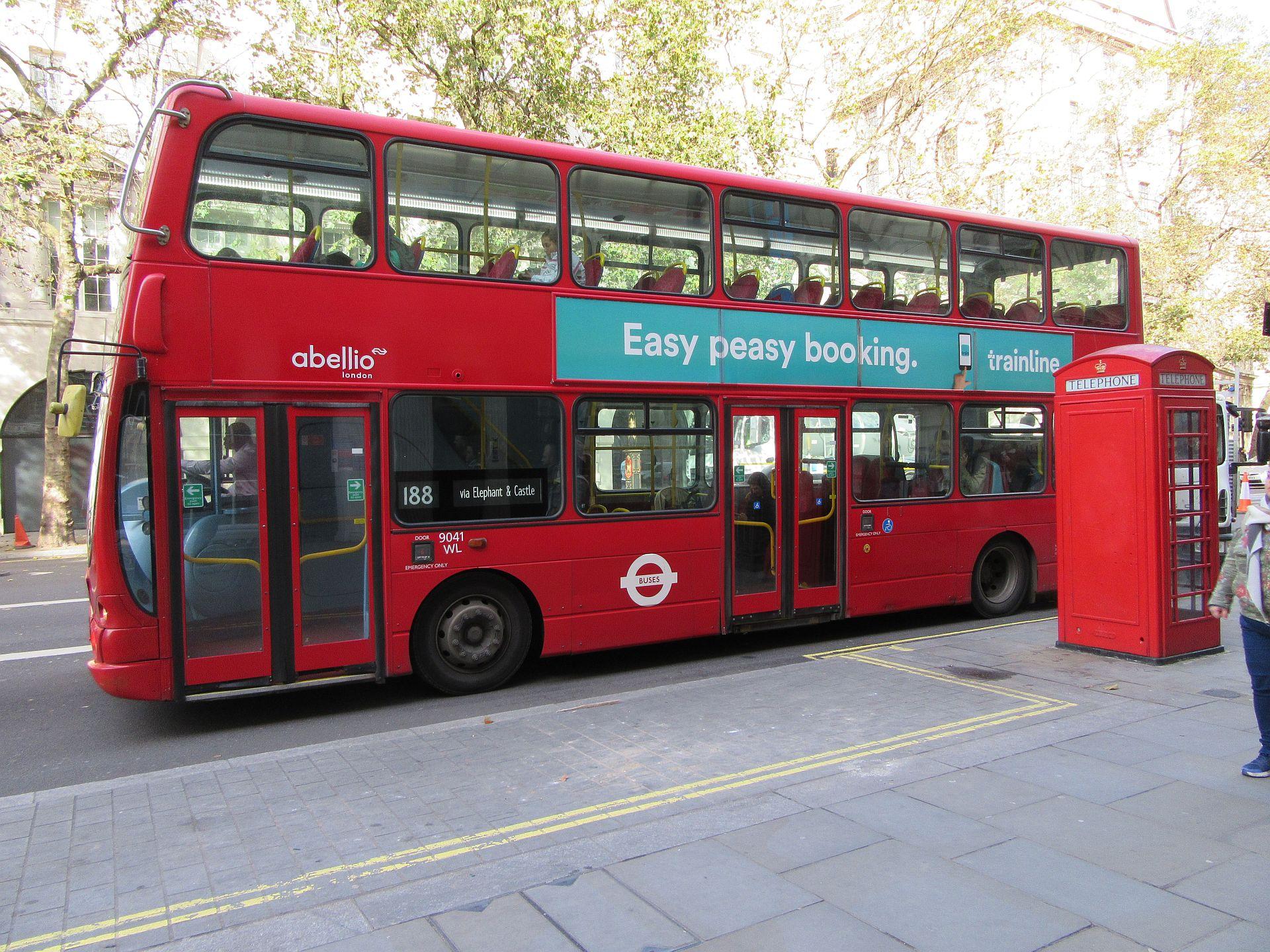 bus en telefooncel